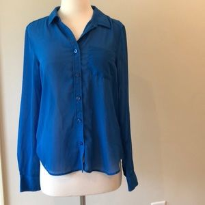 American Eagle blue button up blouse shirt